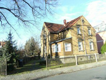 Heidenau – Haus mit Ausbaupotential!, 01809 Heidenau, Villa